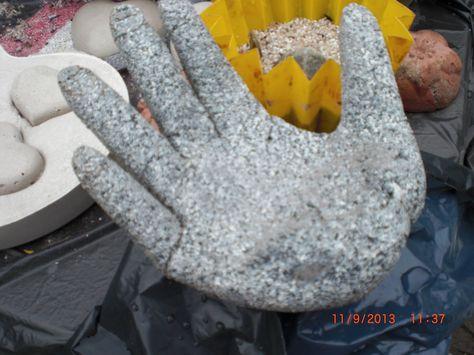 Beton giessen - DIY - Betonhand   Hand aus Beton mit - mein garten rtl
