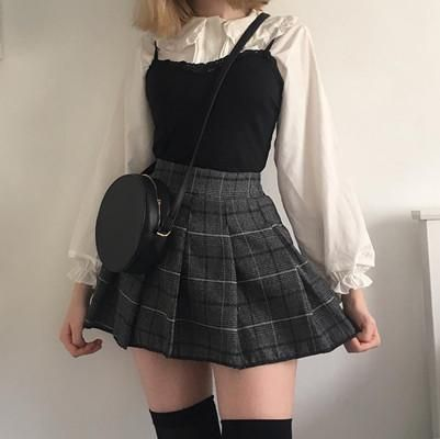 Rating for Japanese Kawaii Shirt + Plaid Pleated Skirt - Frauen Outfit Ideen - Trends 2020 Edgy Outfits, Mode Outfits, Cute Casual Outfits, Retro Outfits, Fashion Outfits, Fashion Ideas, Modest Fashion, Womens Fashion, Vintage Outfits