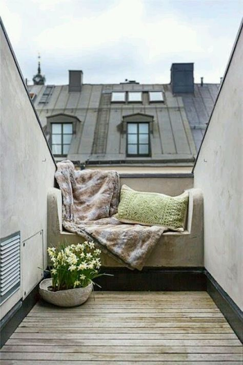 Cozy Roof Terrace Seat Outdoor Spaces House Styles Outdoor