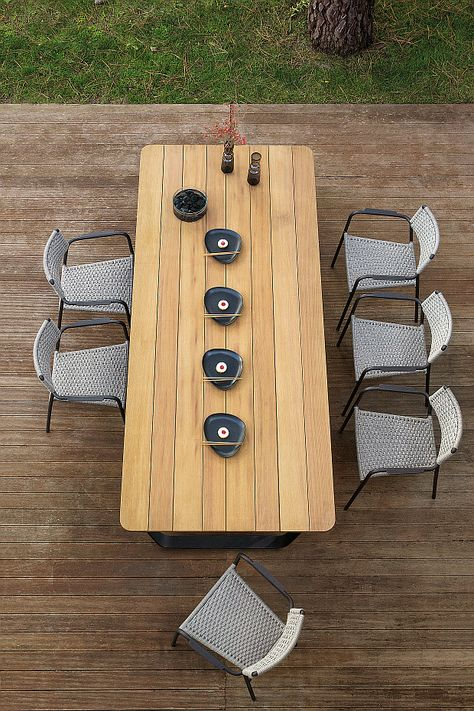 part of luxury belgian brand manuttis beautiful collection of garden furniture the air wooden table has a saw cut iroko table top with stylish aluminium - Garden Furniture Top View