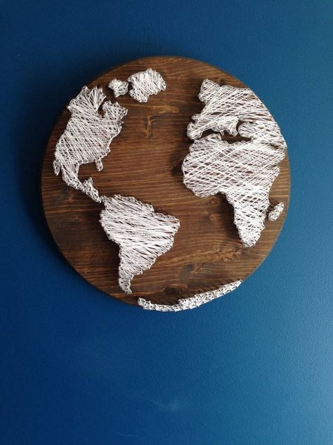 Handmade String Art World Map! This piece would look great. Handmade String Art World Map! This piece would look great in an office or prefect gift for a frien. Diy Projects To Try, Crafts To Do, Art Projects, Arts And Crafts, Diy Crafts, Resin Crafts, Sewing Projects, Mason Jar Crafts, Mason Jar Diy