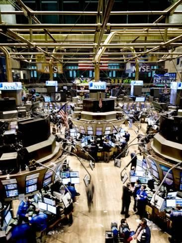 Photographic Print An High Angle View Of The New York Stock Exchange S Trading Floor 16x12in Stock Exchange New York New York Canvas
