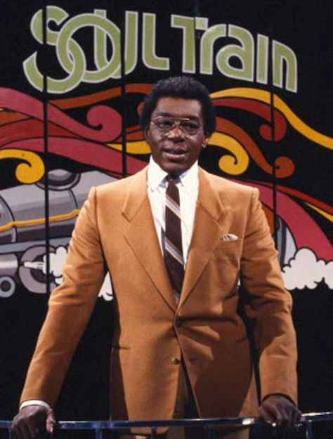 cewax aime les vêtements hommes ethniques, Afro tendance, Ethno tribal Men's fashion, african prints fashion - (NEFER HERITAGE) Don CORNELIUS is the instigator of the most creative TV show of the to the present day, with the famous SOUL TRAIN program. 1970s Tv Shows, Old Tv Shows, Soul Music, Music Tv, Dance Music, I Love Music, Soul Train, Black History Facts, Afro