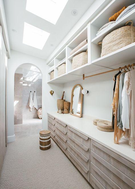 How Kara Demmrich Uses Baskets in her Modern Coastal Home
