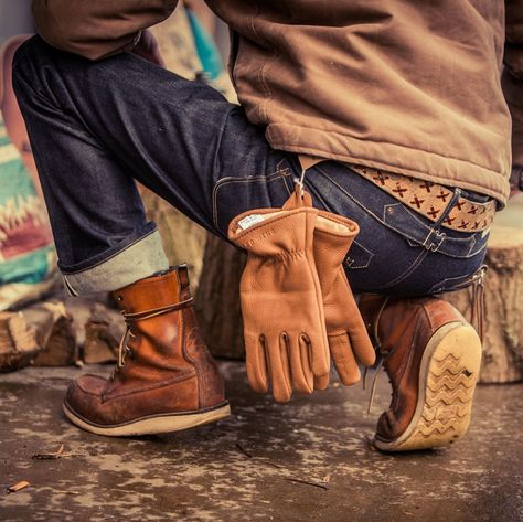 Mens Fashion Rugged – The World of Mens Fashion Denim Boots, Jeans And Boots, Denim Fashion, Fashion Boots, Male Fashion, Leather Gloves, Leather Men, Abercrombie Men, Look Street Style