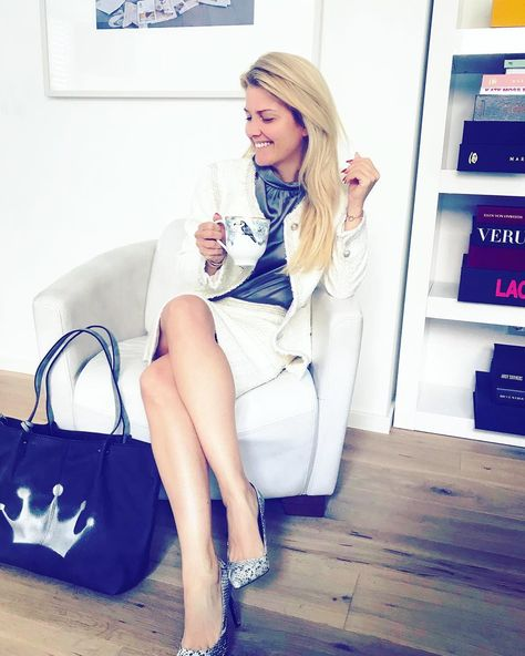 213 Best Jennifer Knable images in 2020 | Fashion, Tv