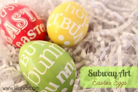 Subway Art Painted Easter Eggs - Trendy and cute and perfect for Easter. #easter #egg #subwayart