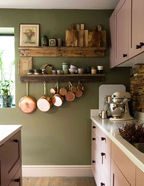 Here are eight olive green kitchen ideas that will convince you to jump on the bandwagon, too. Source by hunkerhome Home Decor Olive Green Kitchen, Green Kitchen Walls, Kitchen Colors, Olive Green Decor, Olive Green Walls, Kitchen Ideas Color, Green Kitchen Decor, Paint For Kitchen Walls, Pastel Kitchen