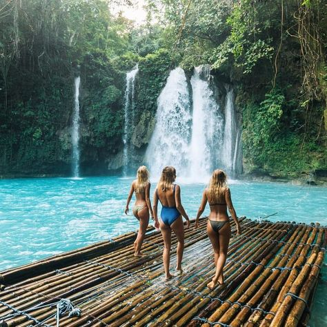 would kill for a girls trip that looked just like this!