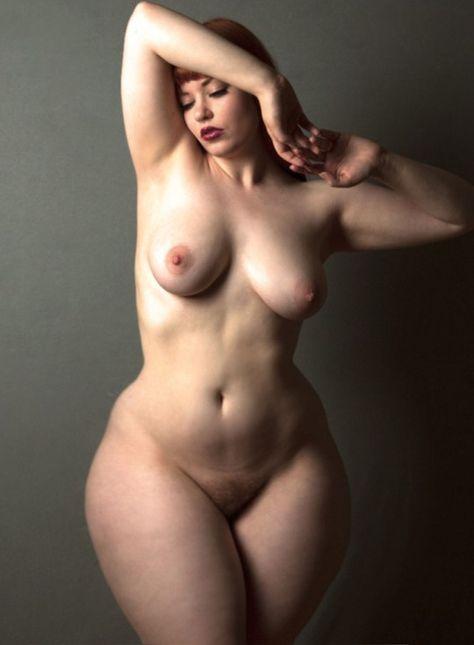 Домашнее бедра голых жен толпа