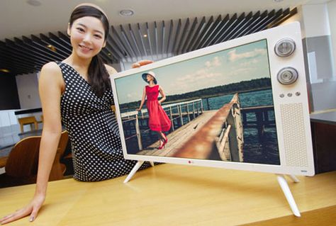 LG Ships New Retro TV with Knobs