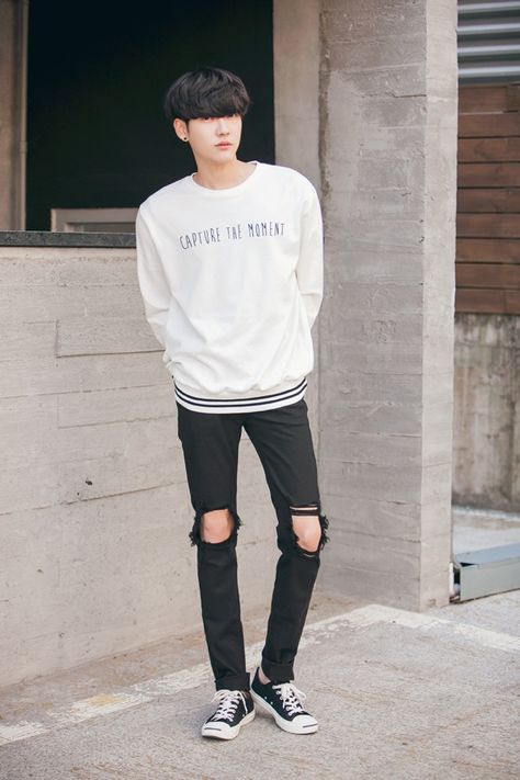 Discovered by ☆HwaJinTan☆. Find images and videos about kfashion, korean boy and ulzzang boy on We Heart It - the app to get lost in what you love.