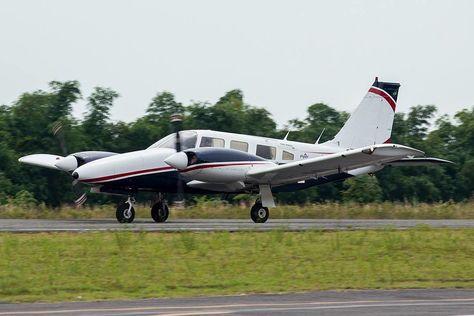 aviation Piper PA-34-22OT | Photo by...