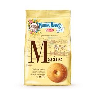 Ingredienti:500g farina 00- 50g  fecola- 150g zucchero a velo- 100g burro- 100g margarina- 1 uovo- 5 cucchiai  panna- una bustina zucchero vanigliato- una bustina lievito- un pizzico di sale. Lavorare insieme gli ingredienti, stendere una sfoglia alta 7 mm circa e con un bicchiere infarinato sull'orlo, tagliare i biscotti.Cuocere in forno a 180° C per 10-15 minuti, su una teglia imburrata.