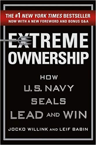 Amazon Com Extreme Ownership How U S Navy Seals Lead And Win