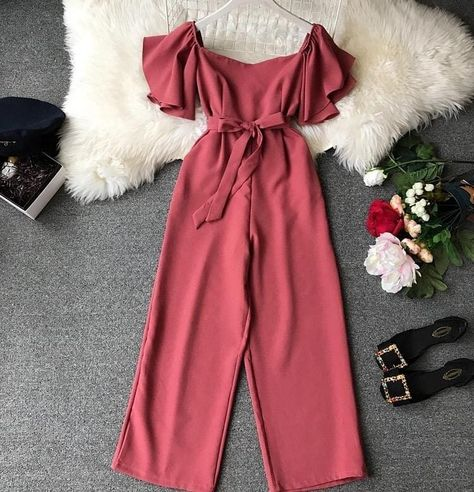 JUMPSUIT😍  Price:- 1750/- INR  Shipping extra  Size:- free size  Colours-peach,green,yellow,black  ready to ship  Delivery time 6-7 days…