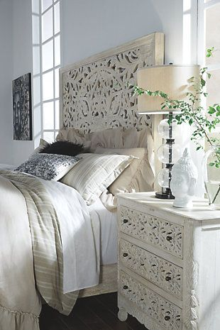 Bantori King Panel Bed, White, large