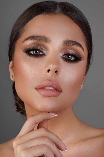 30 Wedding Makeup Looks To Be Exceptional Smokey Eye Makeup Boho Wedding Makeup Wedding Eye Makeup