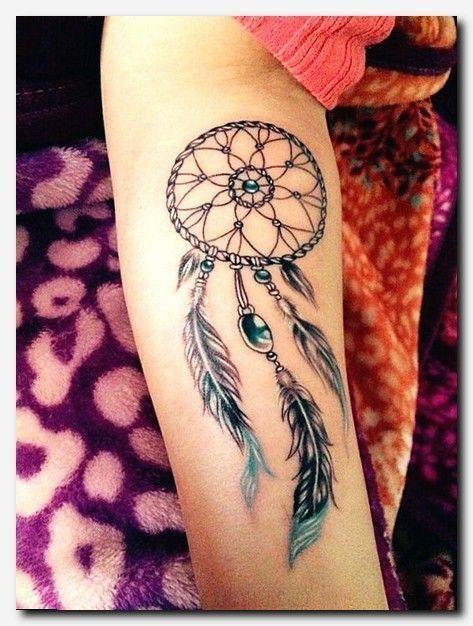 Tattooart Tattoo Female Chest Tattoos Woman Angel Tattoo Dainty Female Tattoos Tattoo Armbander Bi Feather Tattoos Dream Catcher Tattoo Design Neck Tattoo