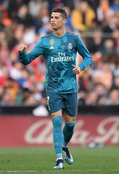 Cristiano Ronaldo Photos Photos Valencia V Real Madrid La Liga Ronaldo Christano Ronaldo Ronaldo Photos