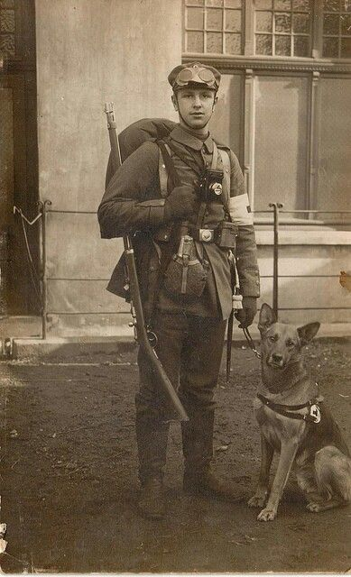 WW1,medic and rescue dog.