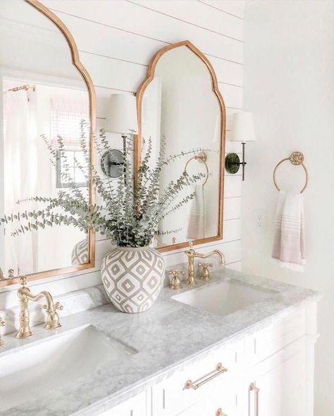 boho Bathroom Decor Boho Badezimmer Dekor Ideen Go - bathroomdecor Design Jobs, Deco Design, Design Trends, Design Design, Modern Design, Tile Design, Layout Design, Design Table, Cabin Design
