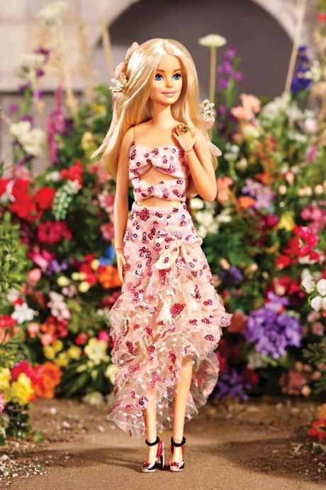 Barbie S Finally Found Her True Calling Influencer Barbie Dress Barbie Fashionista Dolls Barbie Model
