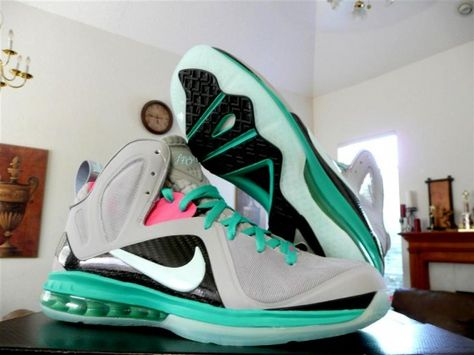 best sneakers 9237e a9267 nike-lebron-9-ps-elite-miami-vice-release-reminder-03