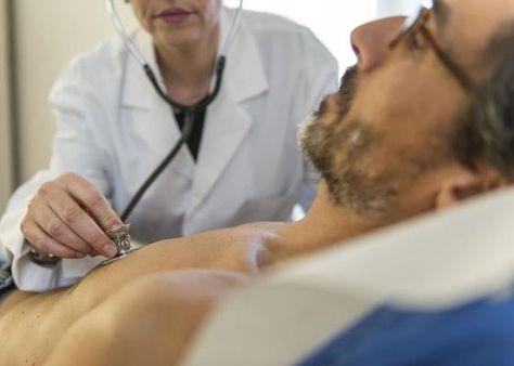 """Günstige Krankenkassen, oft """"Billig-Krankenkassen"""" genannt, zielen auf junge, gesunde Versicherte ab. Diese Billig-Krankenkassen wie die Sansan, meist Tochtergesellschaften von grossen Krankenversicherern, werden aufgrund einer neuen Gesetzeslage verschwinden. Dadurch ist mit einer Prämienerhöhung zu rechnen.  Erfahre hier mehr: http://www.krankenkasse-wechsel.ch/billig-krankenkassen-der-grossen-versicherer-verschwinden/"""
