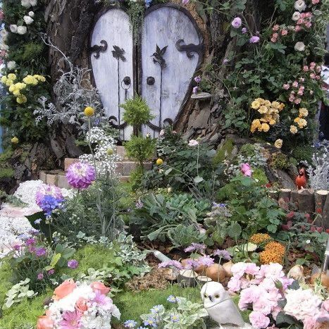 the secret fairy garden Fae Aesthetic, Flower Aesthetic, Different Aesthetics, Cottage In The Woods, Fairy Land, Wall Collage, Faeries, Mother Nature, Garden Sculpture
