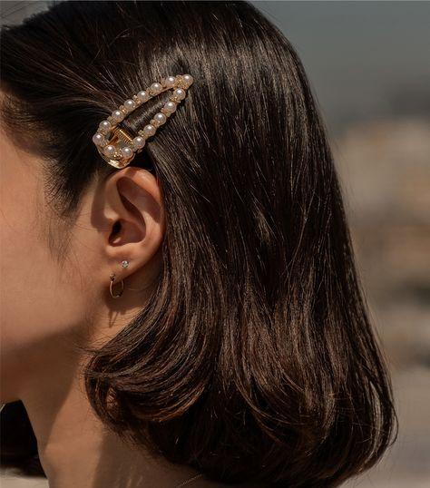 Megan Pearl Hair Barrette