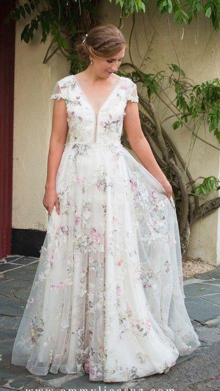 Savin London Amelia 2000 01 Used Wedding Dress Save 27 Used Wedding Dresses Blue Wedding Dresses Wedding Dresses Lace