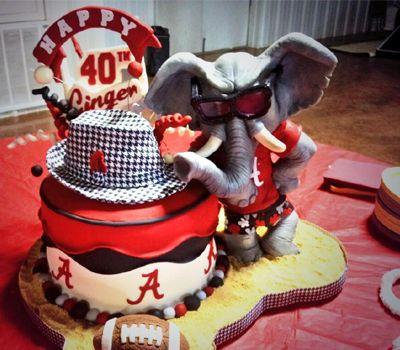 University of Alabama Themed Wedding Cake - Roll Tide!  #footballwedding