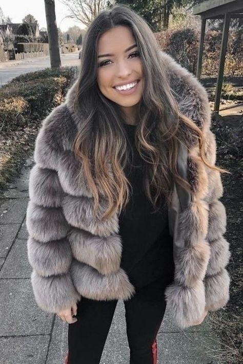 Women's Fashion Faux Fur Coat Thicken Warm Outerwear Fake Fur Jacket Hooded Coat Plus Size женская тамблер мода по