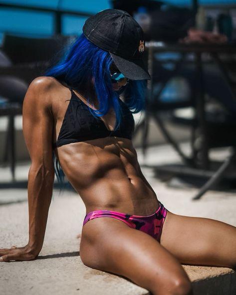 Sasha Banks Bikini, Wwe Sasha Banks, Wrestling Divas, Women's Wrestling, Sasha Banks Instagram, Megan Fox Transformers, Super Belle, Mercedes Kaestner Varnado, Wwe Female Wrestlers