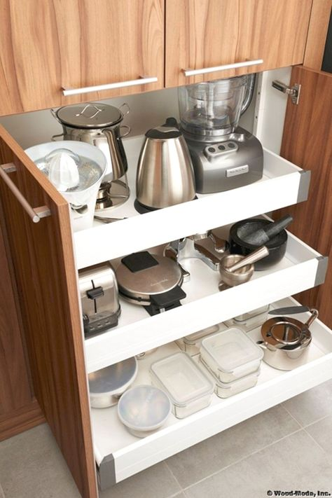 Uplifting Kitchen Remodeling Choosing Your New Kitchen Cabinets Ideas. Delightful Kitchen Remodeling Choosing Your New Kitchen Cabinets Ideas. Kitchen Appliance Storage, Kitchen Cabinet Storage, Kitchen Cabinet Design, Interior Design Kitchen, Kitchen Appliances, Kitchen Organization, Organization Ideas, Organized Kitchen, Small Appliances