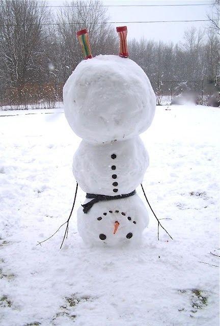 LOL a new twist on a snow man !!!