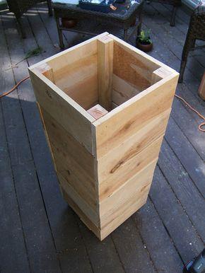 A Simple Inside Corner Joint Solution Nine Red Front Deck Details Diy Pots Planters Diy Wooden Planters Wooden Planter Boxes Diy Diy Pots