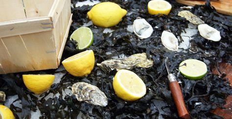Huîtres basilic et huîtres sauce japonaise par Fred Chesneau http://www.feuilledechoux.fr/huitres-grillees-au-basilic/