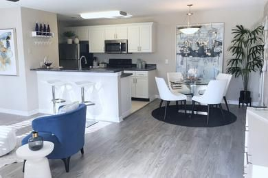 Can You Get An Apartment At 18 In Georgia Kitchen Dining We Have A Spacious Open Floor Plan With A Breakfast Bar And A Separate Dining Apartments For Rent Luxury Living