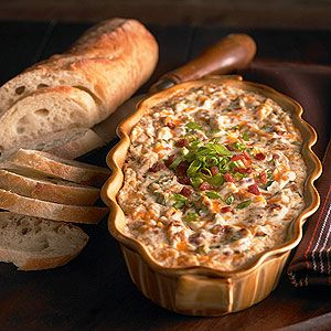 Go for a crowd-pleasing #appetizer with this creamy #bacon dip.