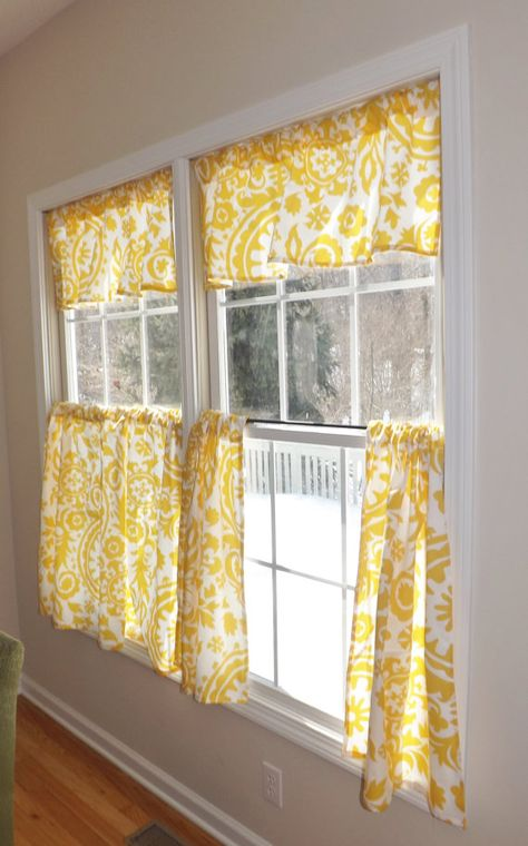 Cafe Curtains are the perfect addition to any kitchen!  Each panel measures approximately 31 x 27 (LxW). Please select the fabric and the
