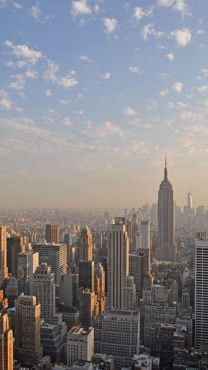 New York Wallpaper, City Wallpaper, New York Buildings, City Buildings, City Aesthetic, Travel Aesthetic, Moving Wallpapers, Iphone Wallpapers, Moving Wallpaper Iphone