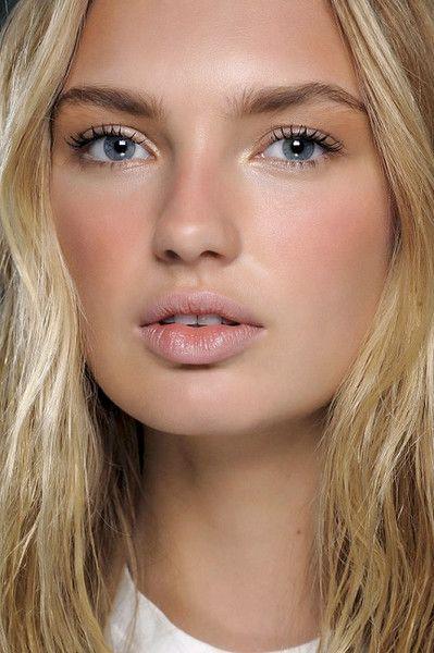 Sun Tanned Blush - No-Makeup Makeup Ideas - Photos