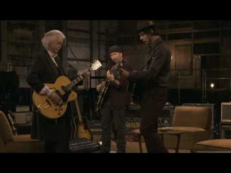 Incredible.. Jack White, Jimmy Page & The Edge - Seven Nation Army