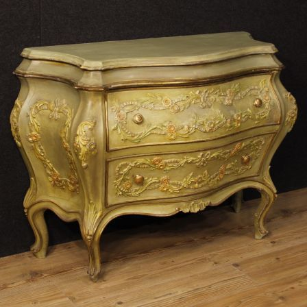 1750 Venetian Dresser In Lacquered And Gilded Wood With Two