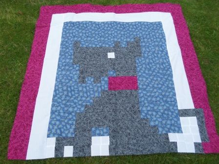 Window dog quilt pattern and tutorial from Ludlow Quilt and Sew