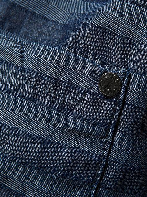 Unos jeans para romperla | República.gt