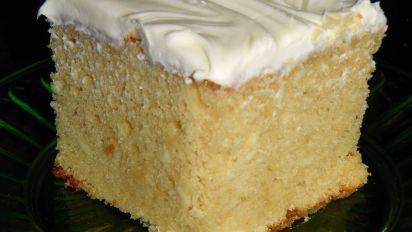 Sour Cream Yellow Cake Recipe In 2020 Sour Cream Yellow Cake
