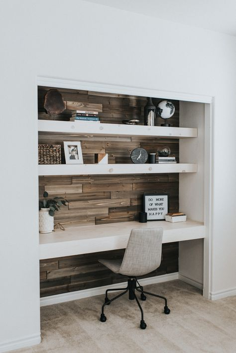 Creating a home office in a small living space can be a challenge. Here's 7 ways to squeez in a home office in your small space. Home Office Closet, Office Nook, Guest Room Office, Home Office Space, Home Office Design, Home Office Decor, Bed In Closet, Home Decor, Small Space Office